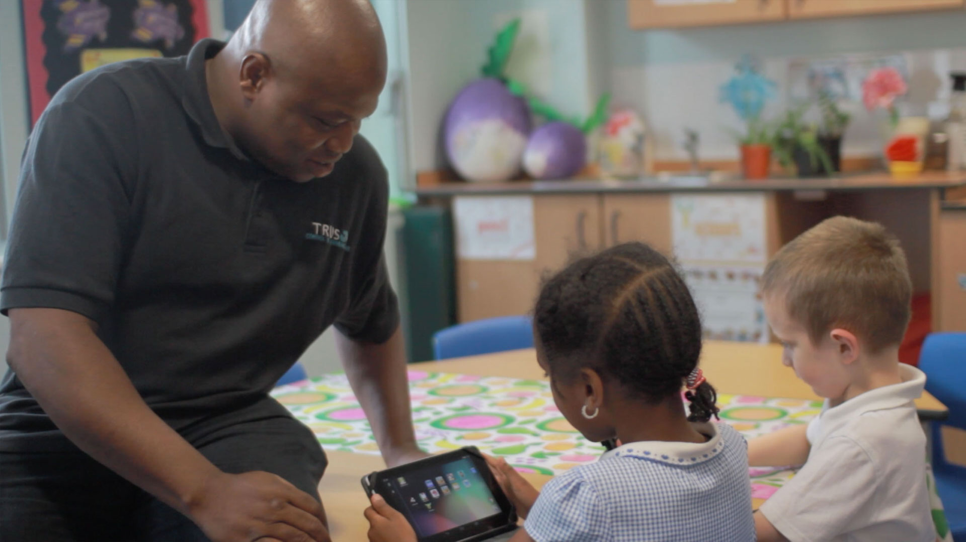 SUPPORTING TEACHING AND LEARNING THROUGH TECHNOLOGY